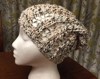 Ribbed Slouchy Beanie in Cream