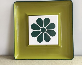 Vintage Green Flower Mod Plastic Snack Tray