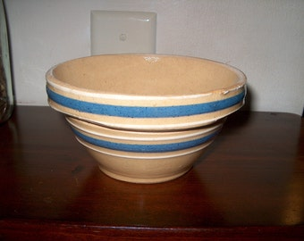 Small Vintage Yelloware Bowl, Banded Blue & White, No. 5