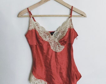 VTG Bebe Pink Coral 100% Silk Camisole with Beige Lace Trim Size XS