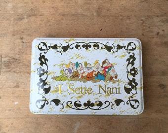 seven dwarfs tin box with decorations on the top, gift box, Walt Disney