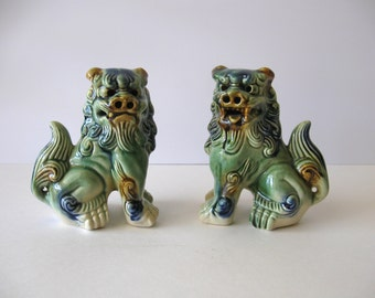 Pair Chinese Foo Dogs / Chinese Guardian Lions / Majolica Ceramic Foo Dogs