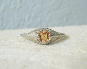 Vintage Natural Orange  Sapphire Filigree Ring in 14 karat Yellow Gold