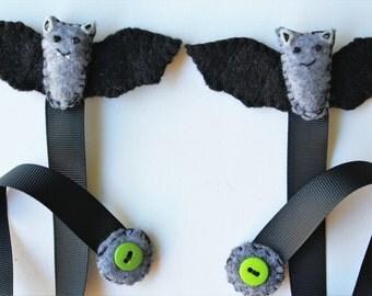 Bat Bookmark, Felt Bat Bookmarks, Halloween Bookmark, Ribbon Bookmark, Handmade Bookmark, Bat Page Turners, Bookmarks Bat Theme