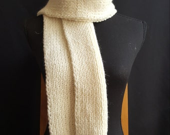 gestricketer scarf cream and white