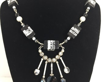 Bold Statement Necklace Black and White