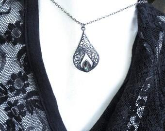 Topaz necklace, mystic topaz necklace, topaz necklaces, rainbow topaz necklace, mystic topaz pendant, topaz jewelry, gothic,rainbow topaz