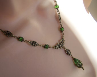 Vintage Victorian Style Green Faceted Glass
