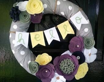 Purple & Sage Hello Bunting Wreath, Gray and White Dot Fabric Wreath, Felt Flower Wreath, Year Round Wreath, Home Decor