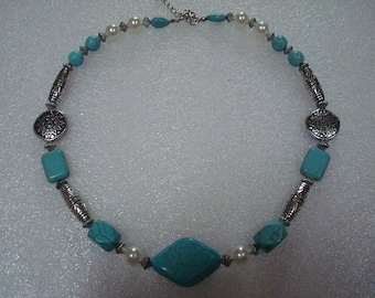 Tibet Silver Turquoise Beaded Necklace / Native American Necklace