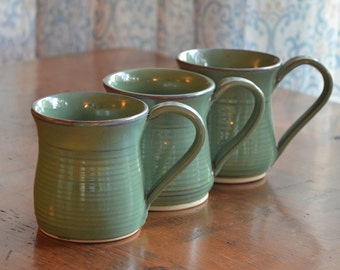 Large Apple Green Pottery Mug