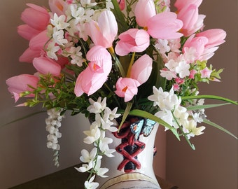 Tulip Flower Arrangement, Tulip Floral, Tabletop Floral Decor, Pink Flower Arrangement, Old Woman That Lived in the Shoe, Childrens Flowers