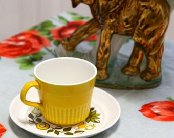 "Vintage  1960's Crown Lynn  ""Stephanie"" D585 Ironstone  Tea Cup and Saucer -Made in New Zealand"