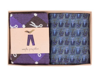 Mens gift wool dress socks & silk pocket square