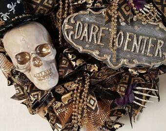 Halloween Wreath, Skeleton Wreath, Decomesh Halloween Wreath, Halloween door decor, Door decor, Halloween Decor
