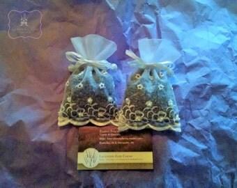Pearl and Lace Lavender Sachet 3x5 .  Wedding favors/Shower Favors.