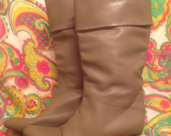 Woman's Italian Leather Boots 8 1/2 1980s