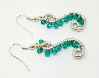 Wire wrapping earrings, boho silver dangle, wirewrapping, wire jewelry, silver wire, greem earrings, green  dangle