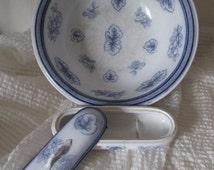Bowl and box comb ceramic Boch Frères Keramis 19th decoration bathroom