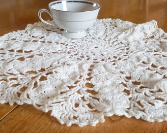 """Vintage Doily 14"""" Large Crochet or Centerpiece: White Hand Crocheted"""
