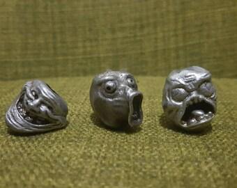 Lol rage comic pewter bead (LOL FUUU, TROLL)