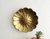 Scalloped Edge Brass Tray. Brass Wall Hanging. Wall Decor. 1960s Decor. Bohemian Home. Modern Boho. Large Wall Hanging. Golden Brass.