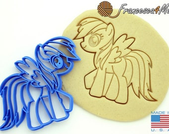 Rainbow Dash Cookie Cutter - Multi-Size