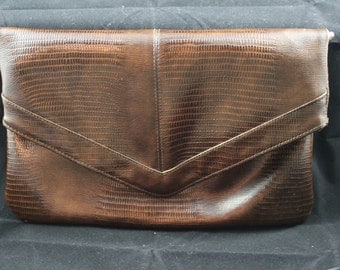 Vintage 1960s Faux Alligator Clutch