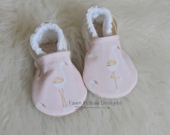 Baby Girl Shoes Baby Pink Flamingo Baby Shoes Flaming Baby Shoes Flamingo Baby Girl Summer Baby Shoes Pink baby Shoes Pink Baby Girl