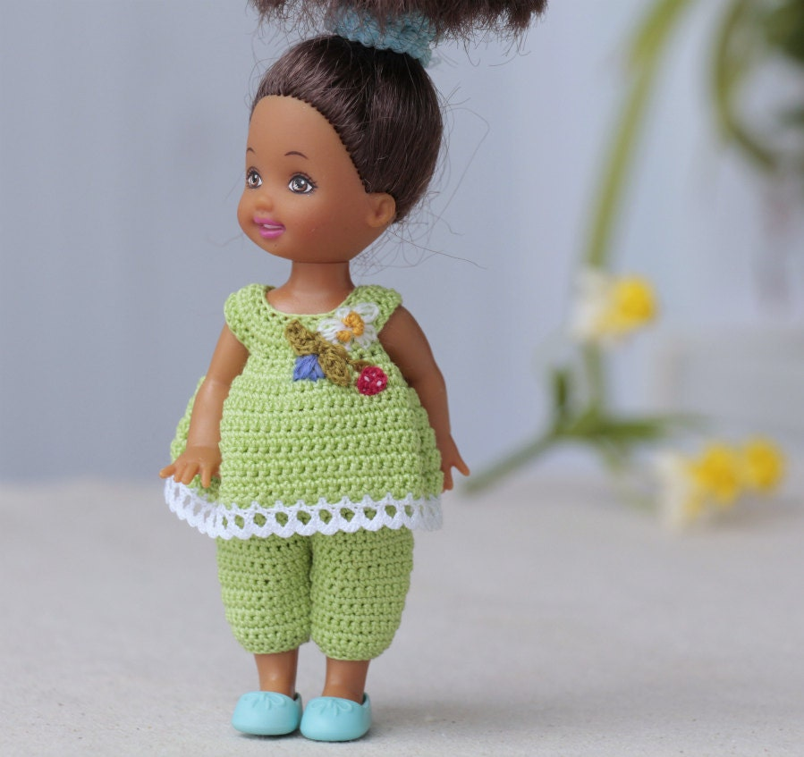 Crochet Mini Doll Clothes : 4 inch Kelly Doll Dress. Green crocheted set pants and top