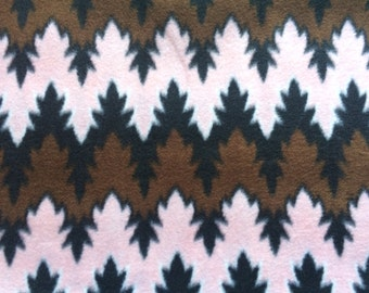 Remnant - Pink and Brown Zig Zag Fleece Fabric 1yd 27in