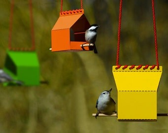 Brdi Hanger - the assemble-it-yourself bird feeder