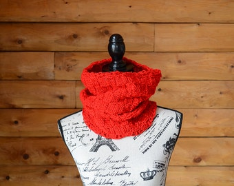 Gifts For Her, Gifts For Him, Chunky Knit Cowl, Infinity Scarf, Cherry Red Knit Scarf, Red Knitted Scarf, Red Circle Scarf, Red Knit Cowl