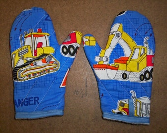 child oven mitts, pair-Diggers, Tractors