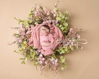 Instant Download newborn wreaths! Newborn prop wreath digital backdrop! 3 files included!