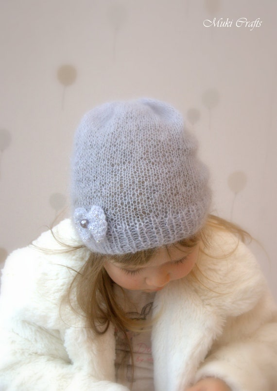 Knitting Pattern For Mohair Hat : KNITTING PATTERN basic slouchy mohair hat with a bow Iris