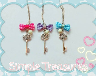Cute Key Necklace & Bow