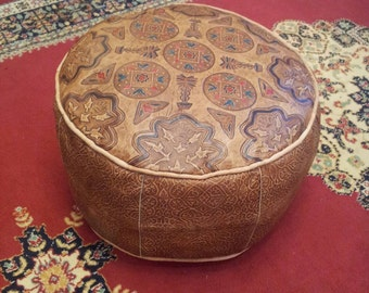 Moroccan leather pouf 50 cm x 30 cm