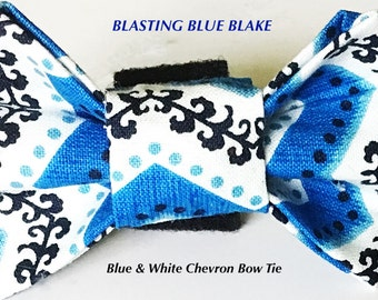 Blue & White Chevron Male Dog and Cat Bow Tie