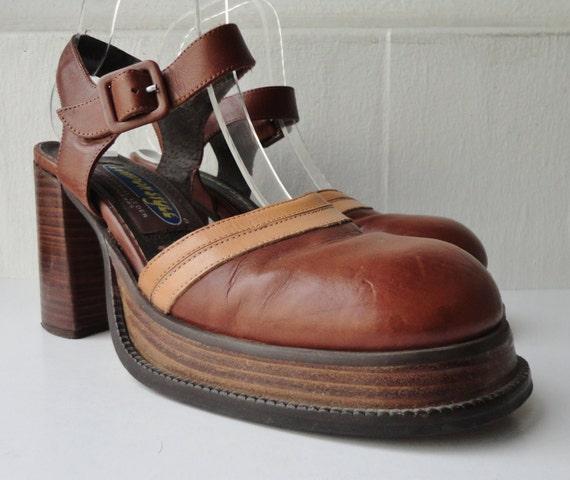 90s vintage leather platform shoes by zappasvintage