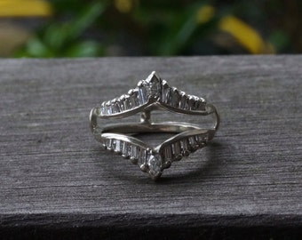 Vintage 14K White Gold Baguette Diamond Anniversary Wedding Band Jacket Size 5.5