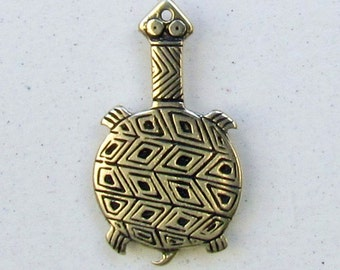 Mimbres Long-Necked Turtle Charm - C402