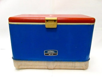 Vintage  Red White and Blue Metal Thermos Cooler 45qt.