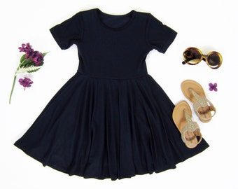 Makeup to black dress 5t