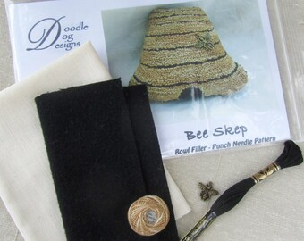 Primitive Punch Needle KIT ~ Bee Skep ~ Bee Hive Bowl Filler / Shelf Sitter - Needle Punch Pattern - Punchneedle Summer Decor