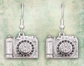 Camera Earrings - 53644