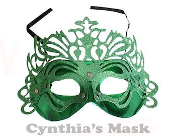 Venetian Green Plastic Metallic Glitter Masquerade Mask Halloween Costume  SKU: BZ302B  (7K41)