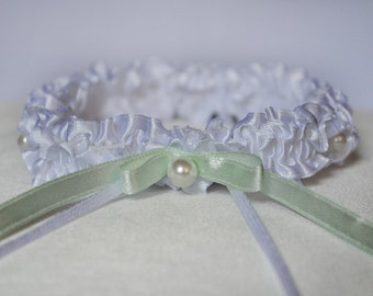 Bridal garter, atlas garter, wedding garter, white garter, garter with pearls, custom size garter, garter with a light mint bow, garter