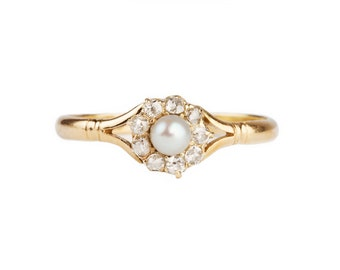 An Victorian 18ct Diamond and Pearl Ring