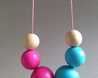 Necklace, Pearl Necklace wood beads wood Pearl Necklace neon colored handbenalt gift decorate attract hang to gift surprise